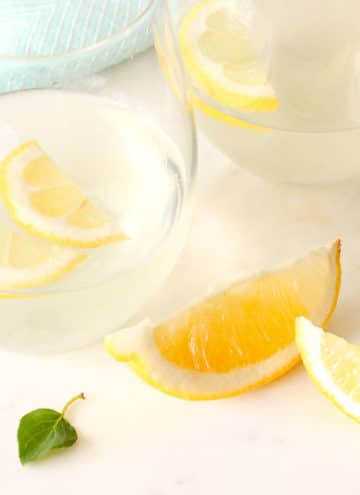 Mint Lemonade – The Most Refreshing Drink Ever!