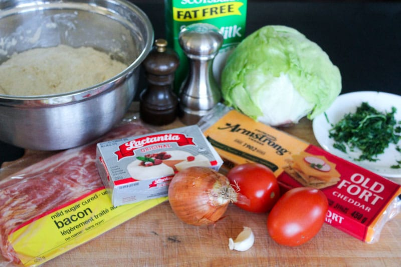 Bacon, Lettuce and Tomato Pizza Ingredients.