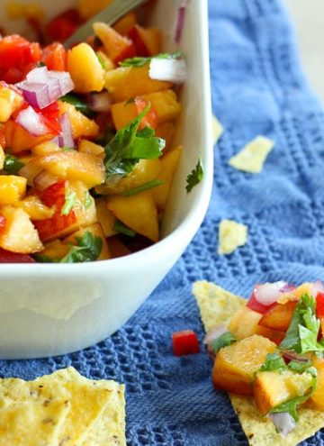 Fresh and Easy Peach Salsa