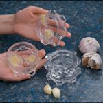 This little garlic mincer from Lee Valley would make an amazing gift for a foodie or cook!